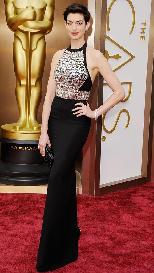 Anne Hathaway Gucci
